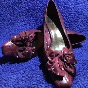 Etienne Aigner Heels w/ Bow Ribbon Toe